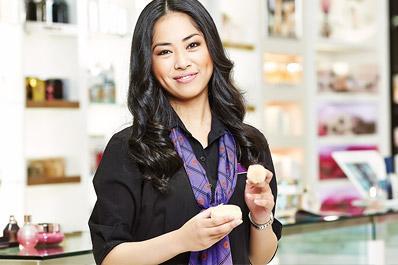 5. Berkonsultasi dengan beauty advisor