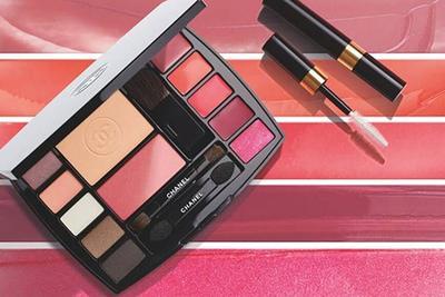 2. Chanel Travel Makeup Palette