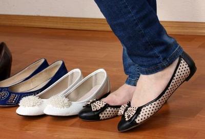 5. Pakai Sepatu yang Nyaman