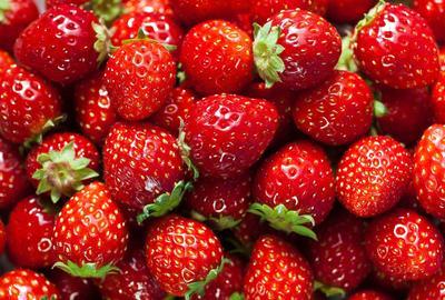 Berbagai Manfaat Stroberi Untuk Kesehatan