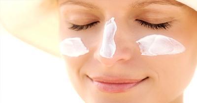 Tak Perlu Suntik atau Operasi Plastik, Ini Deretan Produk Skin Care Yang Bisa Mencerahkan Kulitmu!