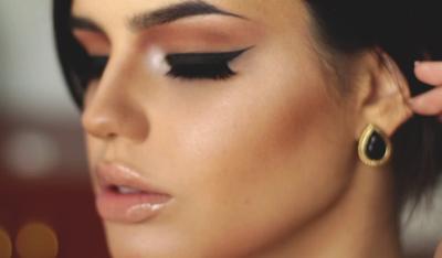 Bentuk Eyeliner untuk Si Mata Bulat