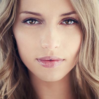 Produk Pilihan untuk Makeup Natural Saat Bekerja