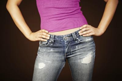 4 Tips Memilih Celana Jeans untuk Bentuk Tubuh Pir