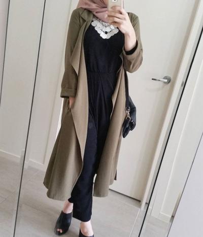5 Style Hijab Kimono yang Cocok untuk Ke Kantor