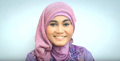 Ingin ke Acara Wisuda? Pakai Saja Style Hijab Pashmina Ini