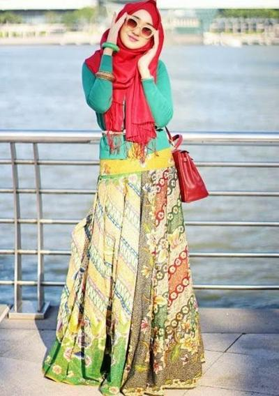 Tips Style Hijab Untuk Ke Pantai Fashion Beautynesia