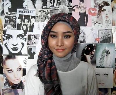Tutorial Hijab ke Pantai Untuk Tampil Stylish