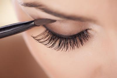 Warna Eyeshadow yang Disarankan