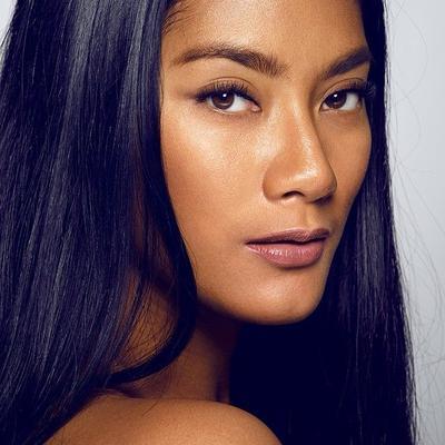 Pilihan Warna Lipstik Menarik untuk Kulit Sawo Matang