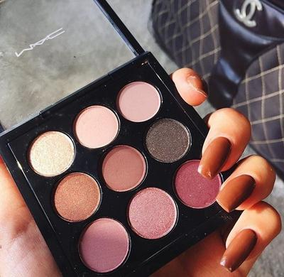 8 Pilihan Warna Cantik dari Best Selling Eyeshadow Milik MAC