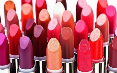 5. Lipstik