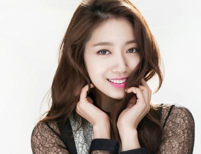 Skincare Set Asal Korea untuk Mencerahkan Wajah