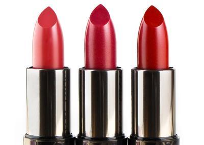 Tampil Memukau Dengan 3 Pilihan Lipstik untuk Kulit Sawo Matang