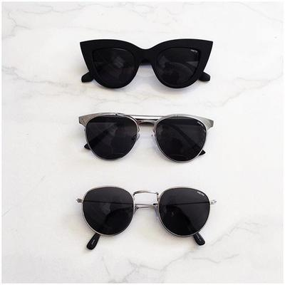 Kacamata yang Unik