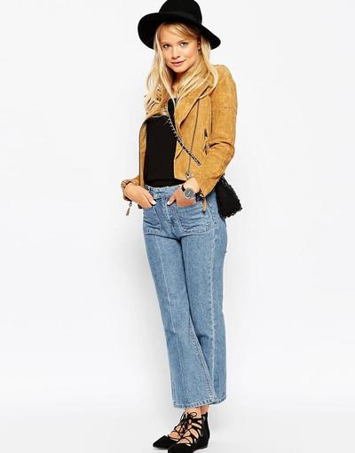 3.Flare Jeans