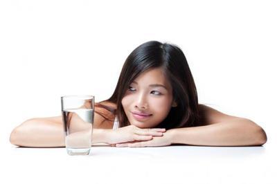 Tips Mencegah Dehidrasi Saat Berpuasa