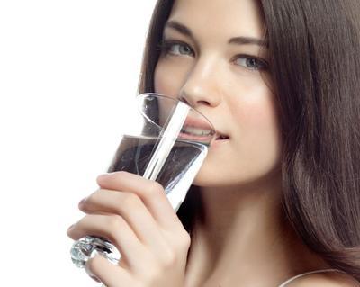 Minum 8 Gelas Perhari