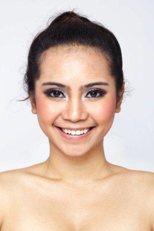 2. Warna Lipstik untuk Kulit Kuning Langsat