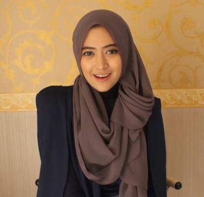 Tutorial Hijab Untuk Tampil Menarik Spesial Ramadan (Bagian 1)
