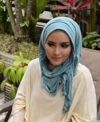 Tutorial Hijab Untuk Tampil Menarik Spesial Ramadan (Bagian 2)
