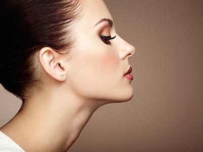 Tips Makeup untuk Wajah Kering