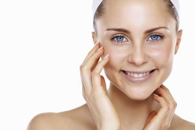Cara Perawatan Untuk Anda Dengan Oily Skin Problem