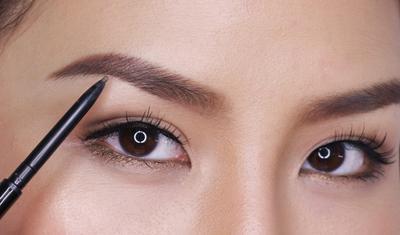 Tips Eyebrow Shaping Untuk Bentuk Alis Yang Natural