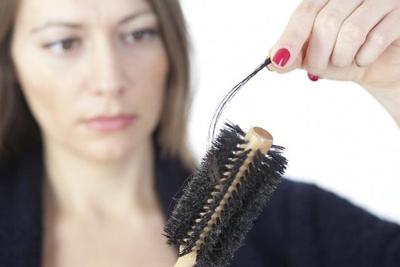 Rambut Mudah Rontok? Tips Kecantikan Rambut Ini Solusinya