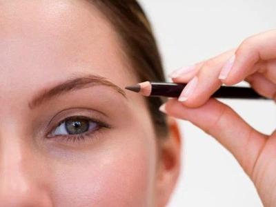 Mengapa Memilih Produk Halal Eyebrow Wardah?