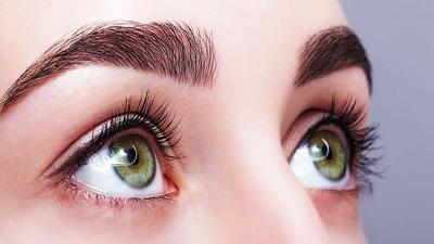 Menggunakan Bahan Alami Untuk Tips Eyebrow Growth