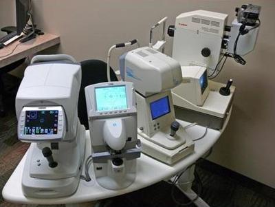 Item Clinic Review Untuk Alat Periksa di Klinik Mata