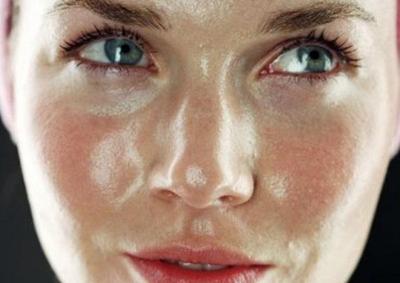 Inilah Produk Makeup Tahan Lama Untuk Kulit Berminyak