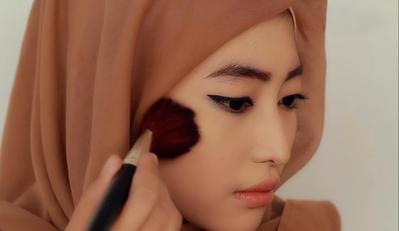 Trik Mendapatkan Makeup Sederhana Wardah