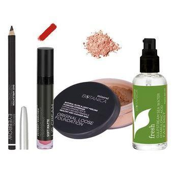 5. Mineral Botanica Make Up Simply Women