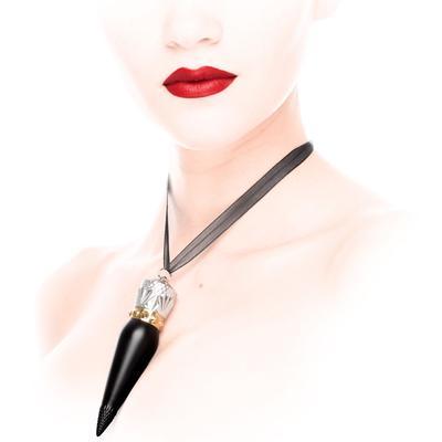 Christian Louboutin Hadir Dengan Lipstick Seksi & Desain yang Unik