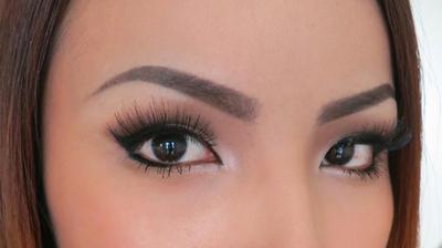 Tips Eyebrow Makeup untuk Bentuk Alis yang Alami Sempurna