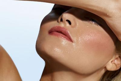 4 Foundation Waterproof untuk Base Makeup Sepanjang Hari