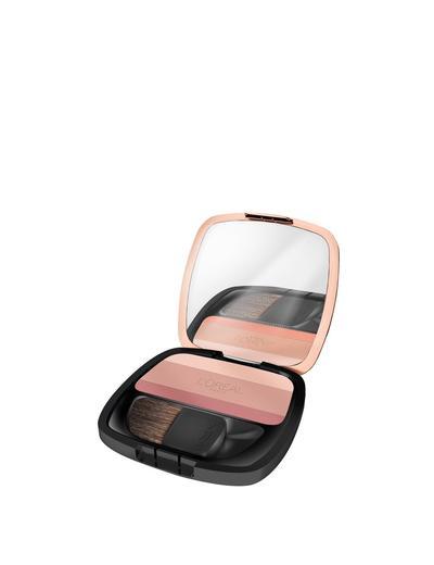 4. L'Oreal Paris Lucent Magique Blush Palette (1 Duchess, 3 Blushing Kiss)