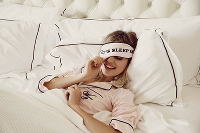 6 Langkah Dapatkan Kulit Cantik Saat Tidur