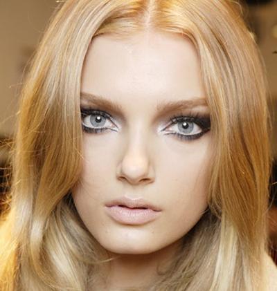 Tampil Chic Dengan Tips Makeup Ini