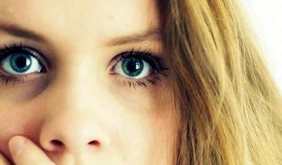 #FORUM Skincare yang ampuh buat ngilangin lingkar hitam di sekitar mata apa ya?