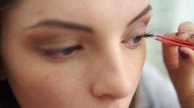 Cara Merawat Bulu Mata Palsu Agar Bisa Dipakai Ulang