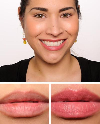 6) Pilih Lipstick Warna Bibir