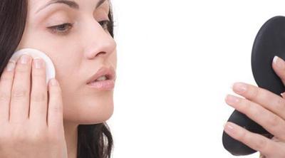 1. Makeup Wajah