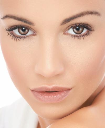Makeup Kasual untuk Tampil Natural Sehari-hari