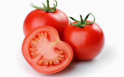 2. Masker Tomat dan Madu