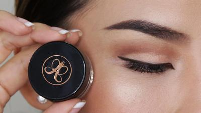 5 Eyebrow Cream untuk Alis Tebal & Tahan Lama