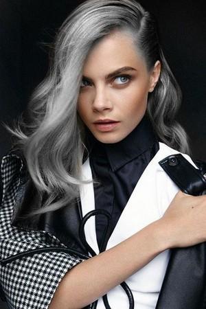 Inspirasi Granny Hair dari Selebriti Dunia