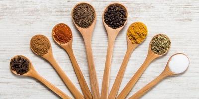 Hindari Makanan & Minuman Ini untuk Cegah Bau Badan
